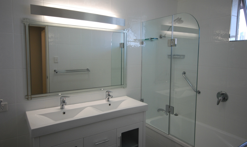 Bathroom accessories bathroom brisbane bathroom for Small bathroom renovations